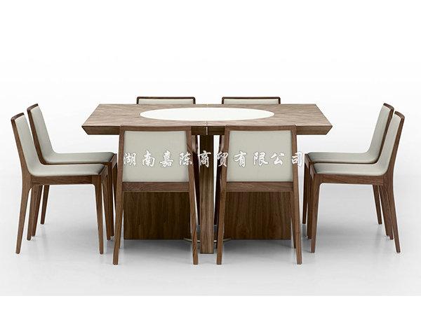 餐椅及配件