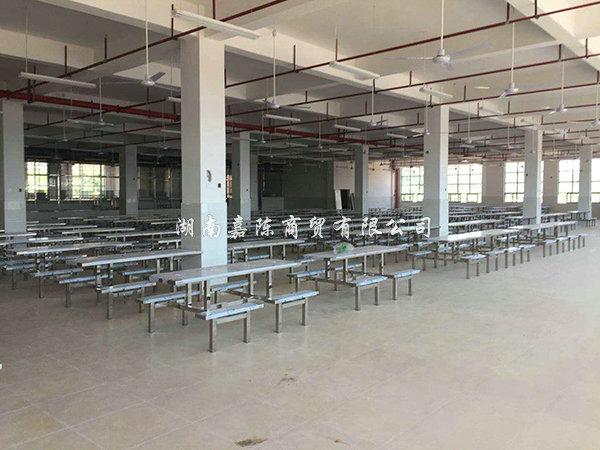 学校食堂万博体育max1